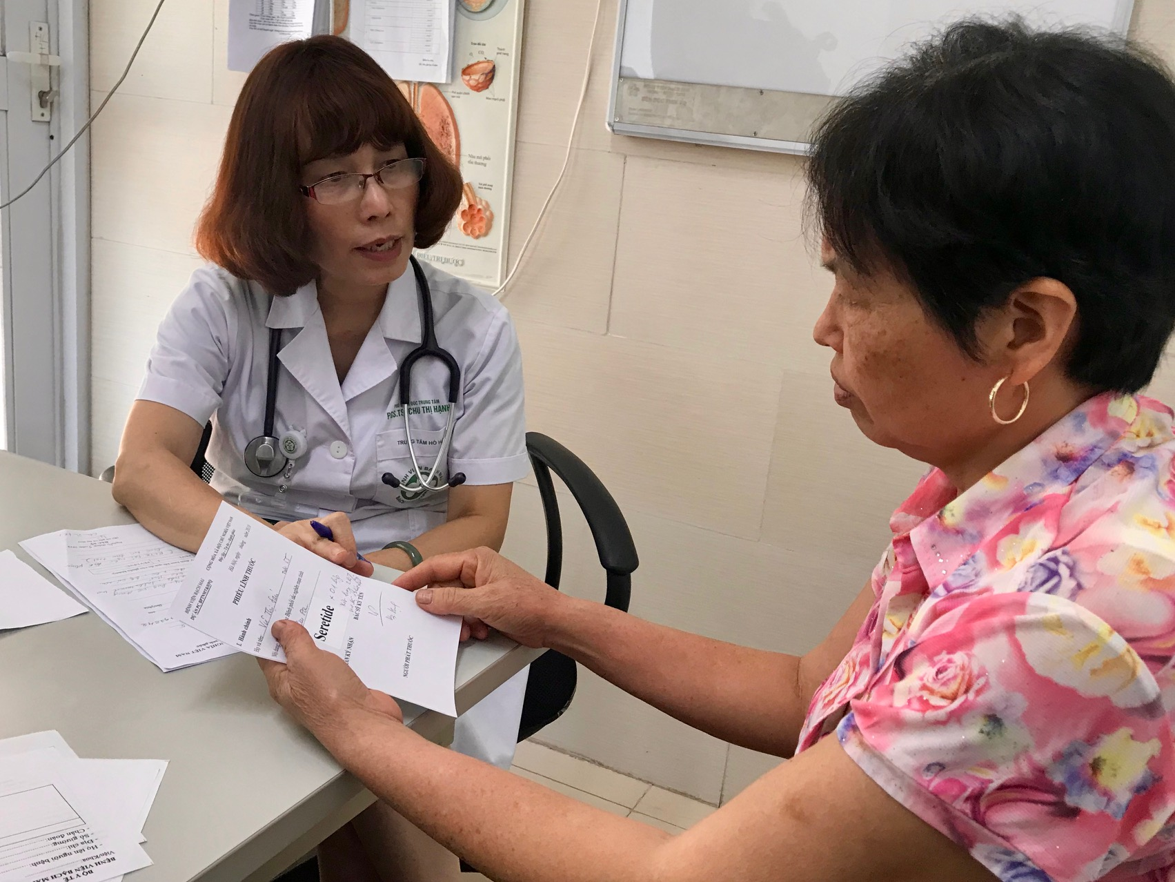 PGS Hạnh tham kham cho BN BPTNMT